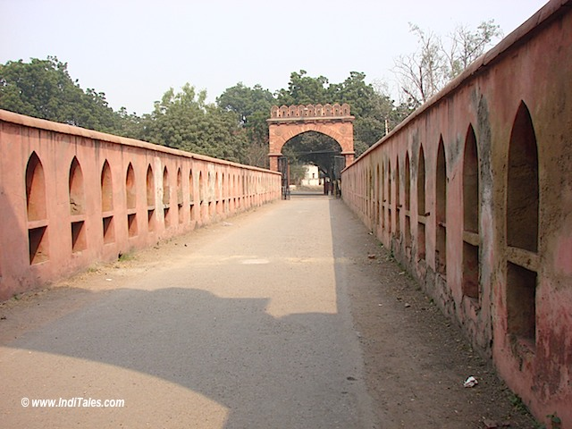 Salimgarh Fort Back Gate