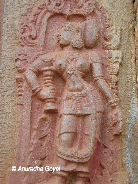 Sculpture at Aghoreshwara temple, Ikkeri