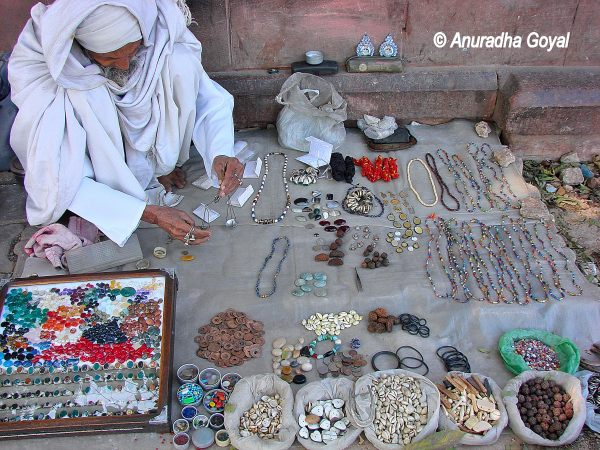 Stone Jewelry being sold on Footpath of Delhi Bazaars