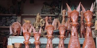 Traditional Bankura horses Terracotta artifacts at Art Mart of Bishnupur