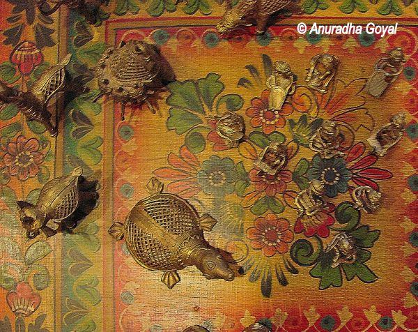 Dhokra artifacts