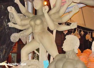 Durga Idol in the making at Kumartuli, Kolkata