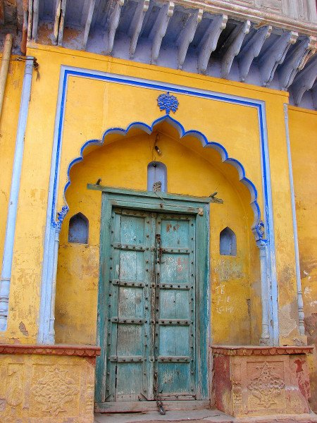 An old Haveli door at Farrukhnagar