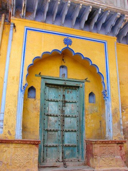 An old Haveli door in the town