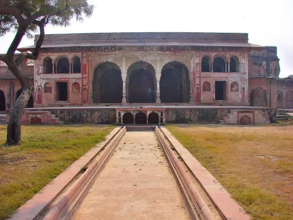 Sheesh Mahal Farrukhnagar, Haryana
