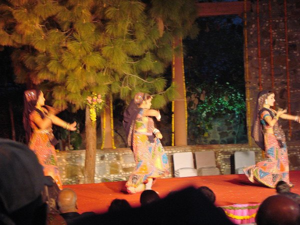 Folk art performance at Garden of 5 Senses, Delhi