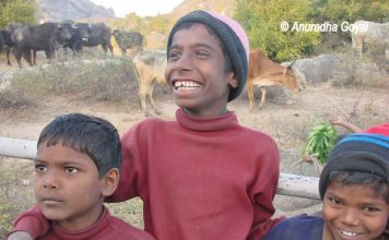 Kids at Barabar Hills in Bihar