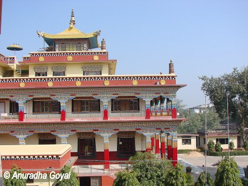 New Buddhist temples at Bodh Gaya