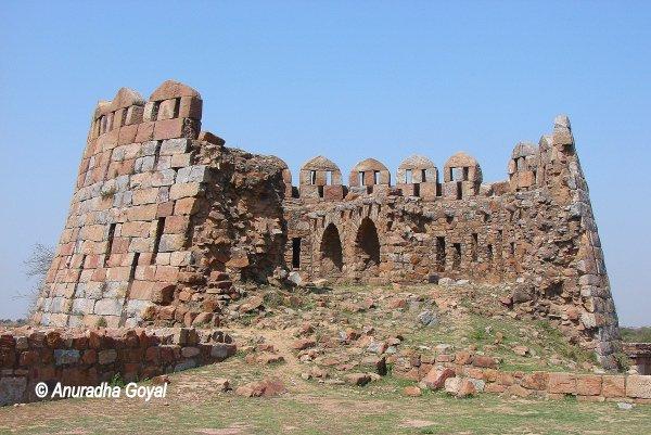 Falling bastions of Tughlaqabad Fort