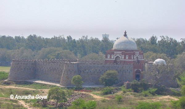 Tomb of Ghiyasuddin Tughlaq and his son Mohammed Bin Tughlaq
