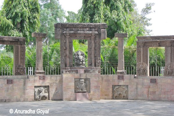 Warangal stone sculptures at Public Gardens Hyderabad