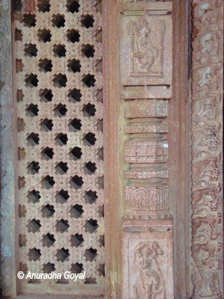 Latticed stone doorjamb at Ramappa temple