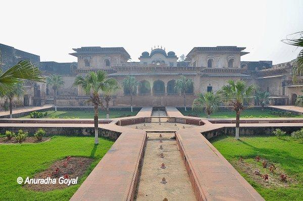 Deeg Palace complex