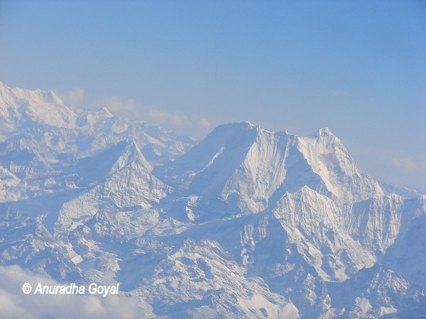 Mount Everest peak, a closer look