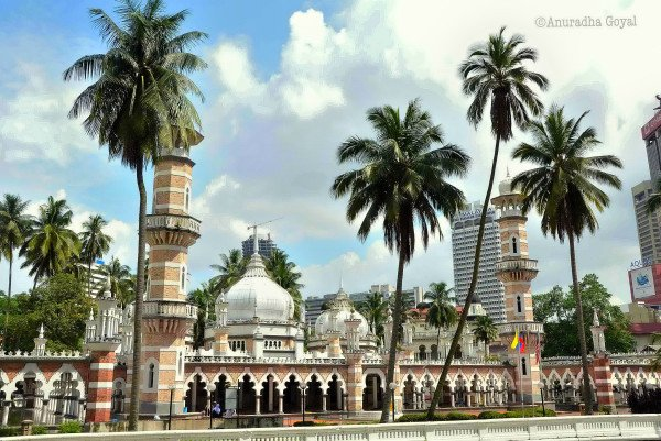 Masjid Jamek - Inspired by Taj Mahal