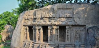 Carvings & Caves at Mahabalipuram