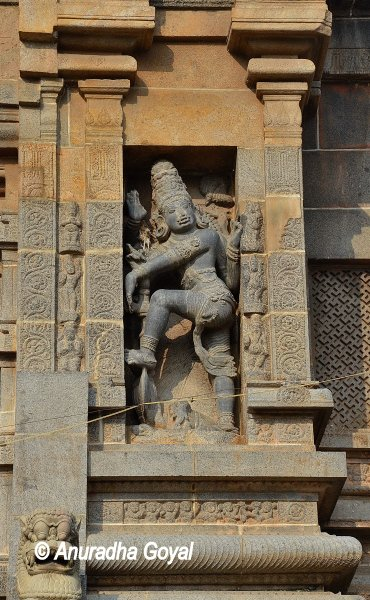 Sculpture on the wall of Nataraja Temple, Chidambaram. Popularly called Chidambaram Temple