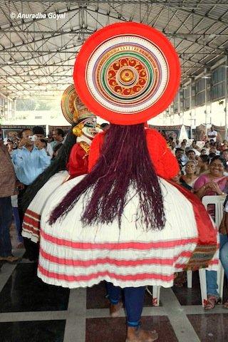 A performers headgear rear side