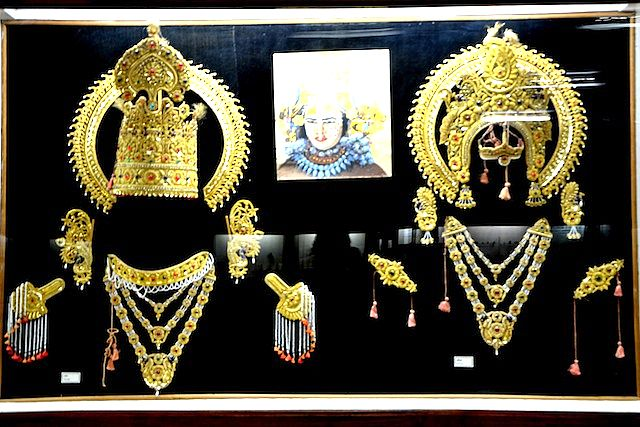 Ram Lila Jewelry accessories on display