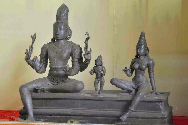 Somaskanda in Chola Bronze Statue