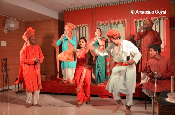 Lavani performance by a troupe in Kolhapur