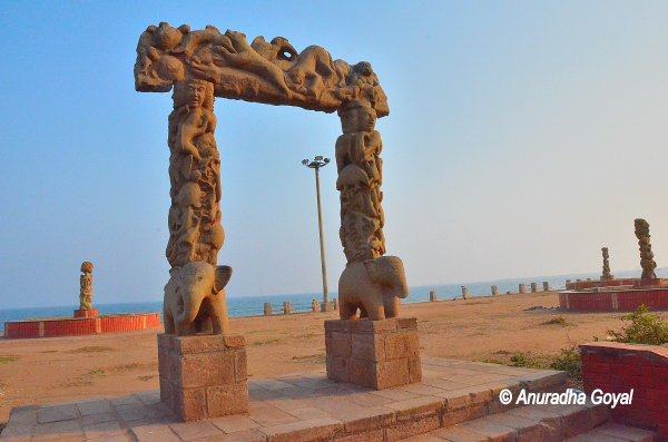 Sculptures adorning the Ramakrishna Beach