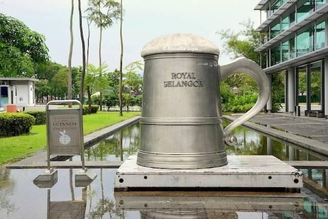 Royal Selangor Pewter giant Beer Mug