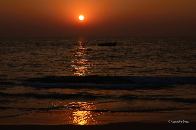 Sunset scene at Utorda beach