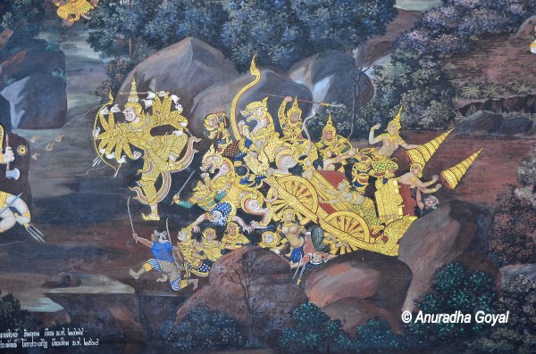Chariot in war scene Ramayana Paintings