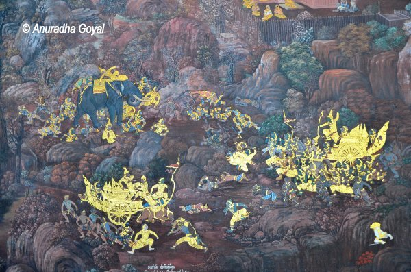 Elephant and Chariots in the Ramayana war scene in paintings