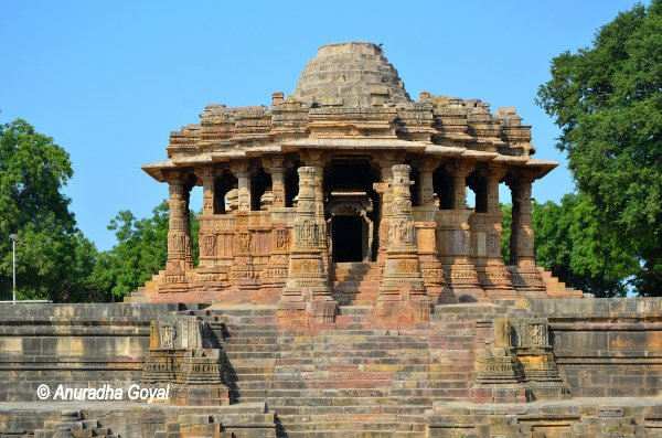 heritage monument Sun Temple at Modhera, Gujarat