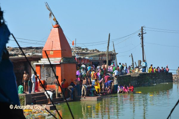 Devotees at Lake at Pavagadh Hill