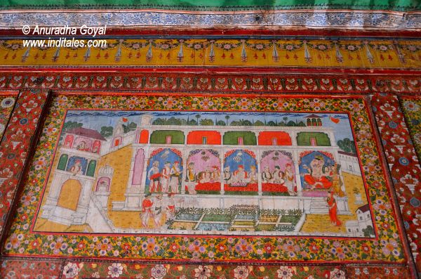 Miniature paintings on the walls of Tambekar Wada