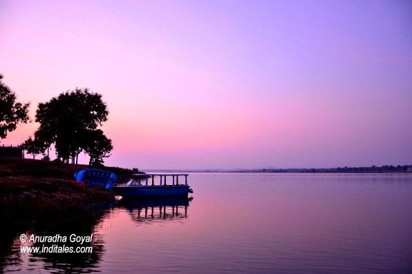 Scenic Sunset at Denwa River Backwaters, Satpura