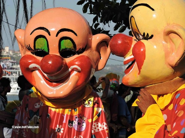 Clowns accompanying King Momo at Goa Viva Carnival