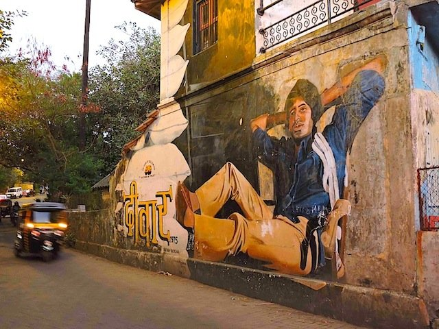 Bandra Street Art - Popular Amitabh Bachchan Deevar movie mural