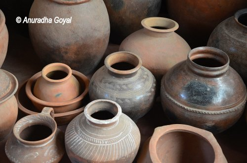 Earthen Pots that inspired many poets at Goa Chitra Museum