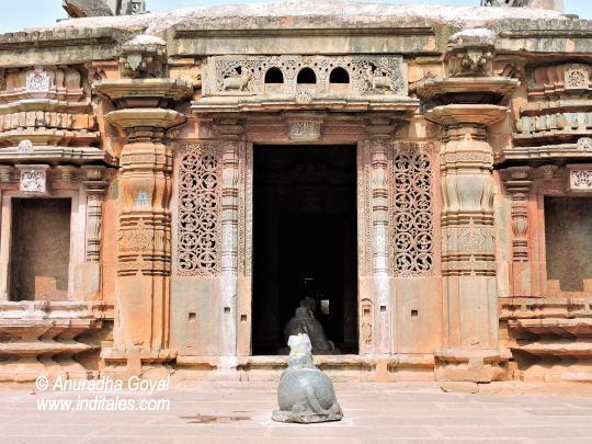 Chandramouleshwara temple, Unkal