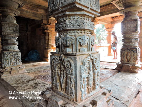 Mandap Pillars at Banashankari temple, Chalukyan Temples, Amargol, Hubli