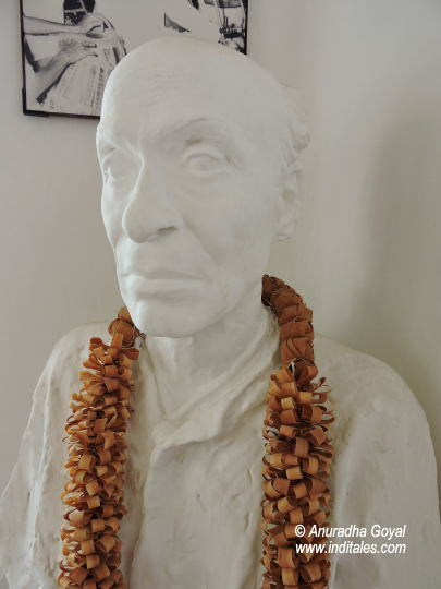 Bust of Mallikarjun Mansur