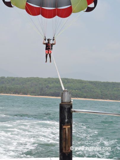 Parasailing in Arabian Sea by Sai Vishram Beach Resort