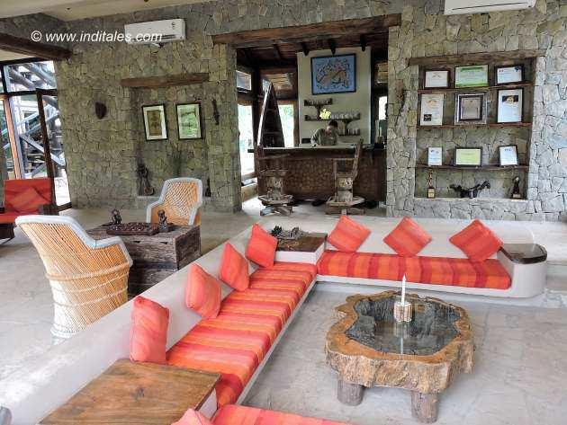 Kanha Earth Lodge Lobby