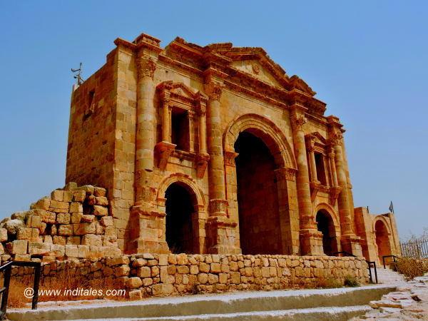 Hadrian's Arch - Jerash, Jordan