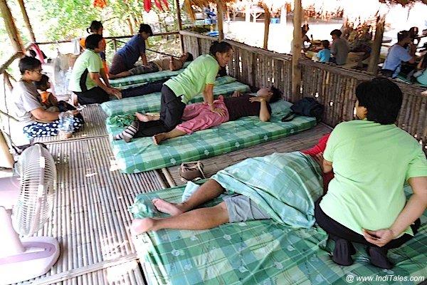 Body massage at Bann Ton Tan riverside market