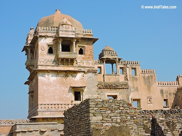 Fragile walls of Kumbha Palace, Chittorgarh Fort