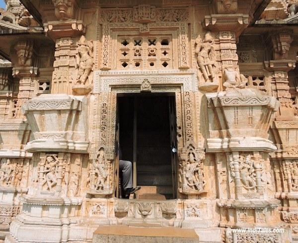 The entrance of Vijay Stambha