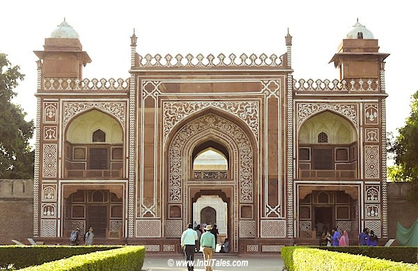 Entrance gate of Itmad-Ud-Daula tomb in red sandstone