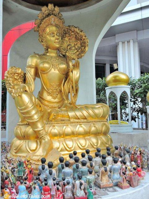 Uma Shrine, Ratchaprasong, Bangkok