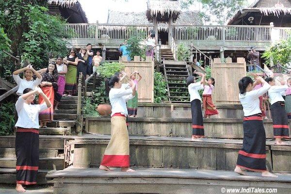 Carrying food with the dancers at Tai Yuan Cultural Centre , Saraburi