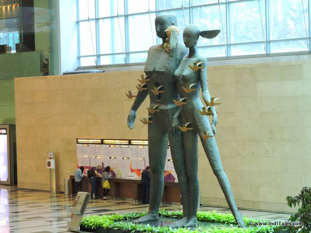 Going Home Sculpture at Changi Airport